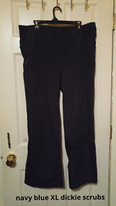 Lots of womens pants. Sizes 16-20