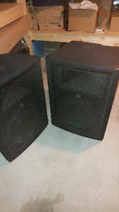 Yorkville YX12 Speakers