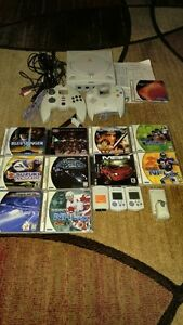HUGE SEGA DREAMCAST BUNDLE FOR SALE