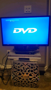 LED 29 inches RCL TV with DVD and VCR player.
