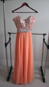 Beautiful Evening Dresses, Perfect for Weddings and Events