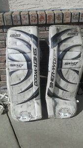 Goalie equipment - Sherwood