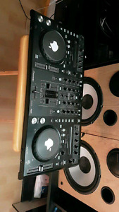Are you looking for a dj?