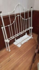 I NEED THESE 2 BED SIDE RAILS