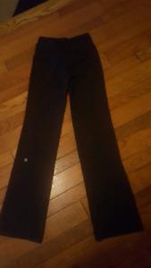 lululemon astro pants size 2