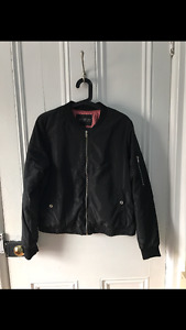 New forever 21 Bomber jacket lined