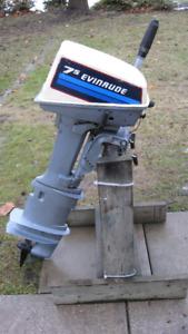 "Evinrude 8HP Outboard Motor   ( 25"" Shaft)"