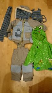 Habit d'hiver, enfant, 12 mois et manteau de pluie 18-24 mois