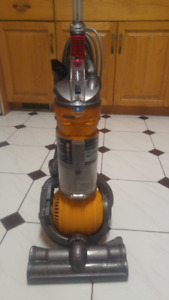 Dyson DC24 - for repair or parts