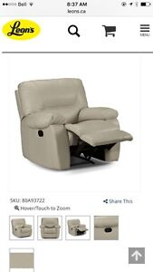 Reclining leather sofa, loveseat and chair. Peterborough Peterborough Area image 6