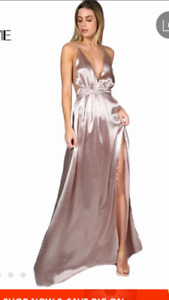 Long evening gown for sale- never worn