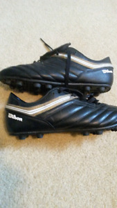 Soccer shoes outdoor size 10
