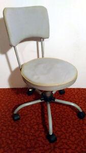 chaise de bureau chaise fauteuil dans longueuil rive sud petites annonces class es de kijiji. Black Bedroom Furniture Sets. Home Design Ideas