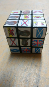 Prince Charles and Di collectible cube