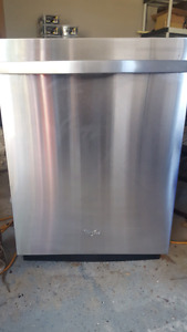 Stainless Steel Whirlpool GOLD series dishwasher