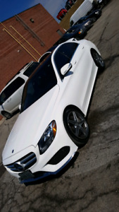 2015 Mercedes C300 4MATIC AMG Package!