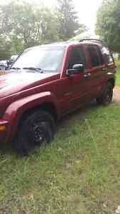 03 Jeep Liberty 4x4 Limited for winter