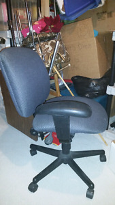 Office chair for sale. ($20.00, or best offer.)