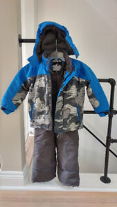 GUSTI snowsuit - boys 5T