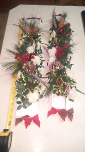 "2 24"" Wooden Christmas Decor"