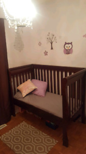 Crib & Day bed 3 in one
