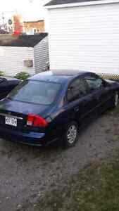Honda civic 2003 1500$ ferme