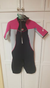 NEW Bare Velocity 2mm Shorty Wetsuit - Womens - Sz12 - Pink