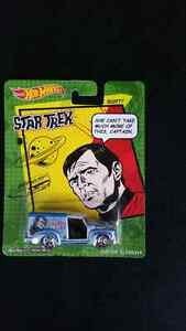 HOT WHEELS STAR TREK SET OF 5 CARS