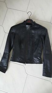 Danier black leather bomber jacket XXS womens