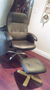 Black Leather Swivel & Recline Office Chair