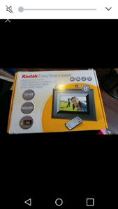 "Kodak 8"" digital picture frame"