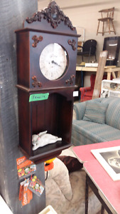 Deux horloge antique 35 chaques