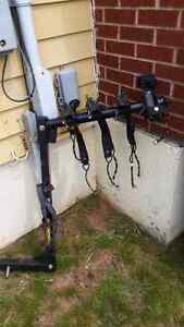 Hitch mounted bike carrier