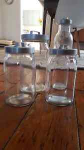 Four gently used kitchen storage jars with lids Kingston Kingston Area image 1