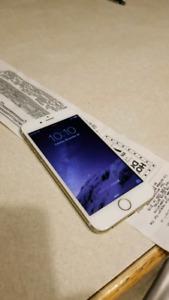 Looking for cracked or broken IPhones