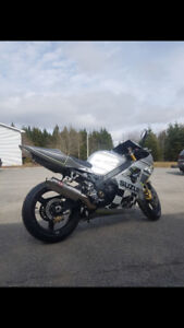 2003 GSXR 1000 TRADE FOR SOMETHING V8