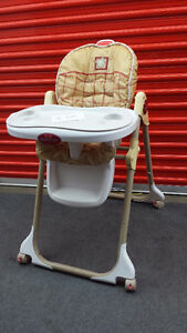 URGENT High Chair . Price is NEGOTIABLE