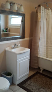FURNISHED ROOMS - For short or long term. Sarnia Sarnia Area image 3