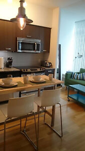 Bright and Modern FURNISHED 2BR/2BA Bay/College Move-in Sept