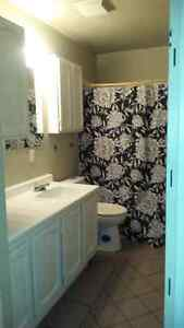 Amazing 3 bedroom apar close to evertything!!!!