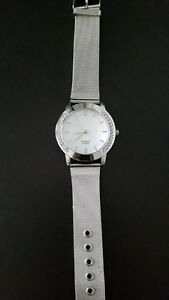 New silver color women's watch!!