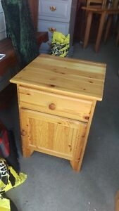 Small Solid Pine Wooden Bedroom Night Side Table