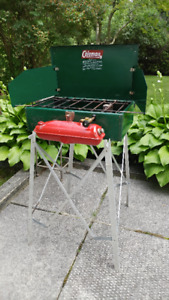 Coleman Camp Stove & Coleman Stand