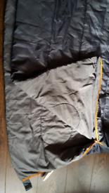DOUBLE SLEEPING BAG VGC