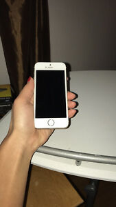 Gold 5s IPhone EUC