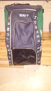 Adult stand up hockey bag