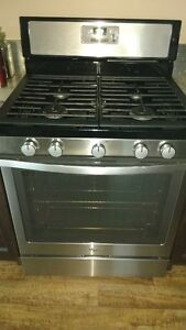 whirlpool stainless steal gas range