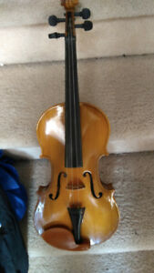 Vintage violin. About 50 years old but in very good condition.
