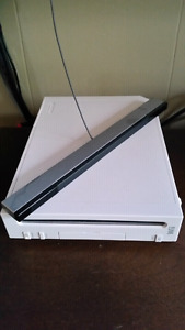 Wii System - Accessories, Homebrew + Games