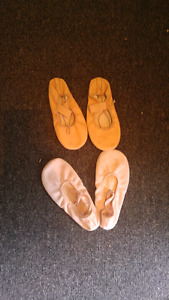 2 Girls ballet size 1 shoes